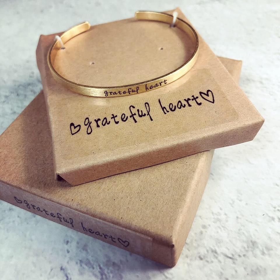 Open Bangle Bracelet(Grateful Heart)