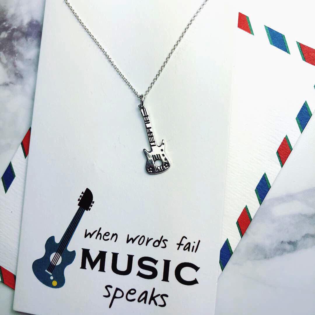 Silver necklace(Guitar)項鍊