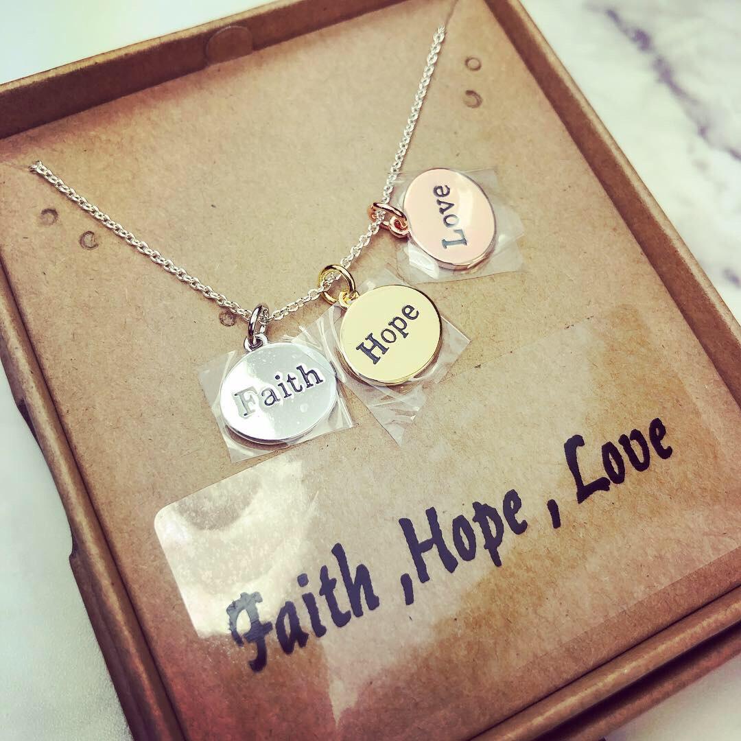 Necklace(Faith Hope Love)項鍊